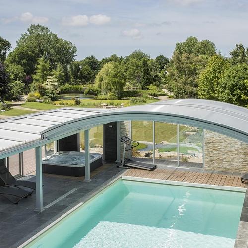 Aménagements abords piscine couverte et SPA et création rivière - Lamballe