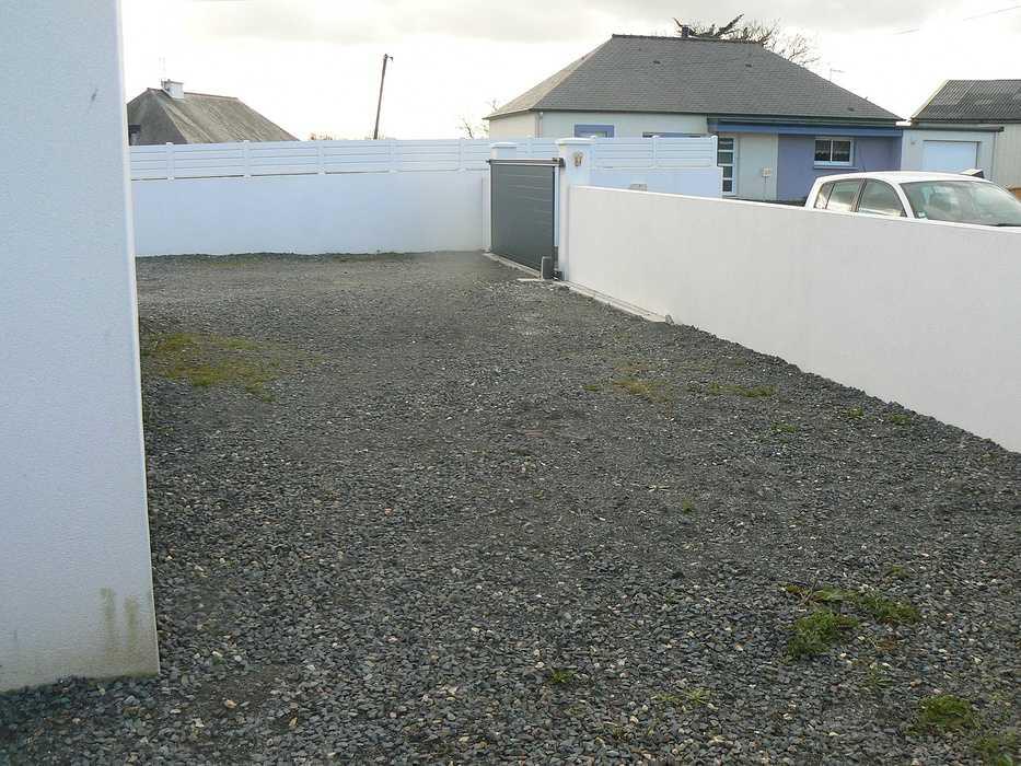 Réaménagement de la terrasse et de la cour - HILLION p1320089