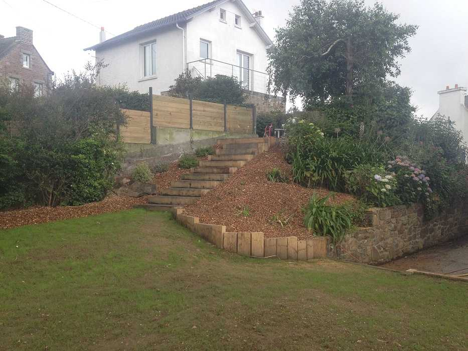 Rénovation du jardin en vue mer avec terrasse - LOGUIVY apres9